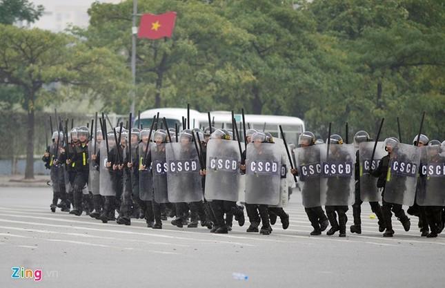 Tình huống thực binh chống bạo động bảo vệ Đại hội Đảng - ảnh 7