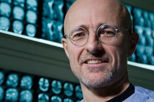 Sẽ ra sao nếu phẫu thuật ghép đầu người thành công? - ảnh 2
