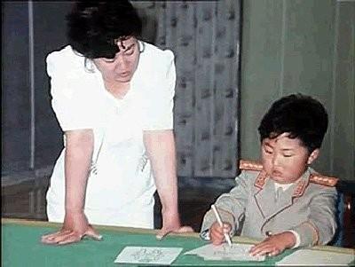 Những biến cố quan trọng trong cuộc đời nhà lãnh đạo Kim Jong-un - ảnh 2