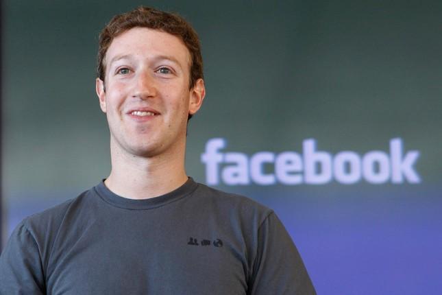 'Phát hờn' với tủ quần áo của Mark Zuckerberg - ảnh 1