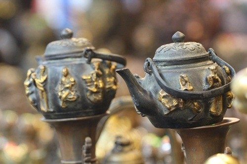 Săn 'hàng độc' trong phiên chợ đồ cổ duy nhất trong năm - ảnh 7