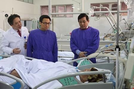 Ba ngày Tết: Gần 2000 trường hợp nhập viện vì.. đánh nhau - ảnh 1