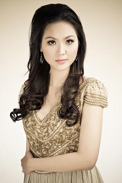 Chuyện đời như 'lọ lem' của Hoa hậu tuổi Thân duy nhất Việt Nam - ảnh 2
