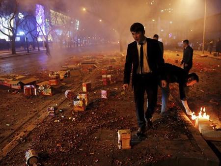 Dân Hong Kong nháo nhác vì thầy phong thủy phán năm Bính Thân - ảnh 4