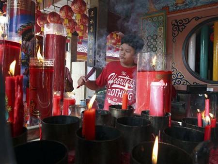 Dân Hong Kong nháo nhác vì thầy phong thủy phán năm Bính Thân - ảnh 6