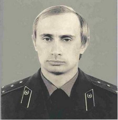 Tổng thống Nga Putin và ước mơ trở thành điệp viên KGB từ ấu thơ - ảnh 2