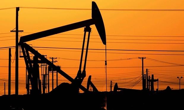 2/3 số giàn khoan dầu của Mỹ ngừng hoạt động - ảnh 1