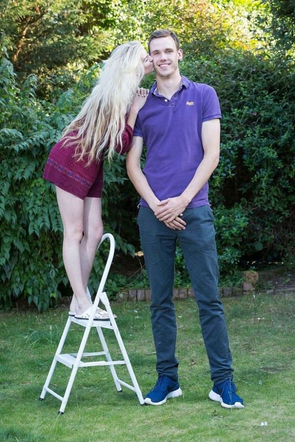 Chàng trai 21 tuổi không ngừng cao lên dù đã 'quá mức lý tưởng' - ảnh 2