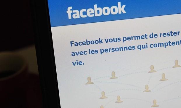 Kiện Facebook 20 ngàn Euro vì không cho đăng kiệt tác khỏa thân - ảnh 1