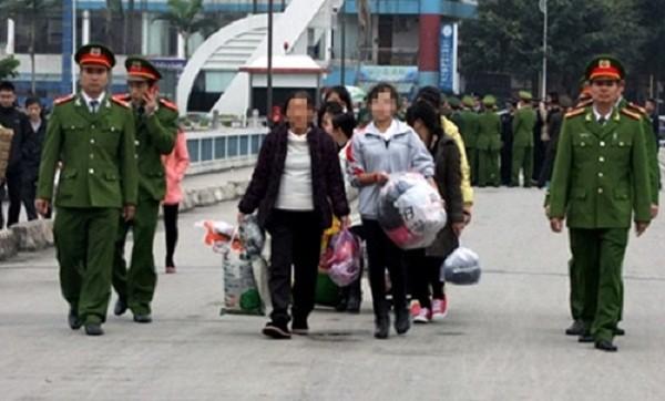 Hành trình giải cứu các nữ sinh bị lừa bán sang Trung Quốc - ảnh 1