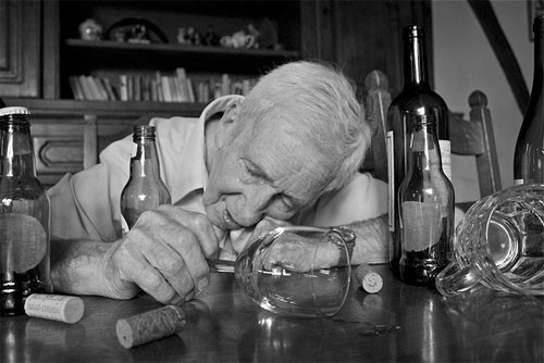 Vì sao càng về già chúng ta lại càng khó ngủ? - ảnh 3