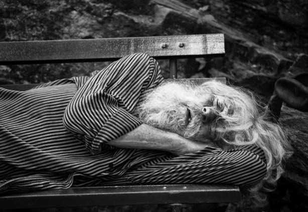 Vì sao càng về già chúng ta lại càng khó ngủ? - ảnh 4