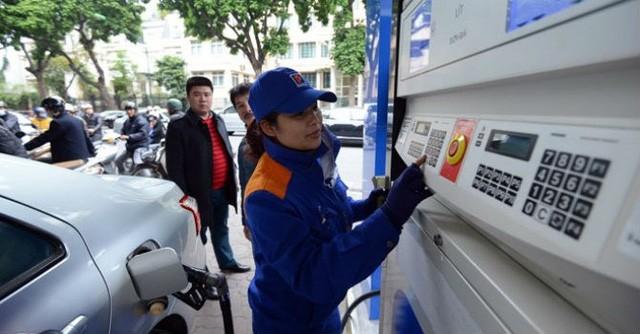 Giá xăng hôm nay 18/2: Giá xăng tiếp tục giảm 900 đồng? - ảnh 1