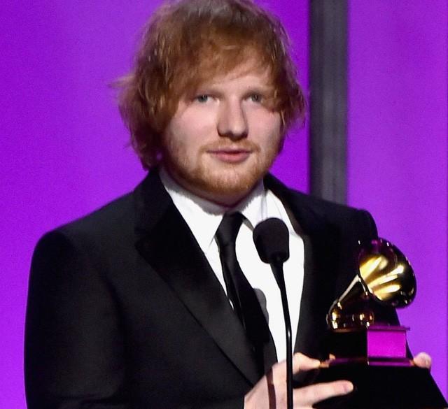Taylor Swift tỏa sáng sau khi bị lăng mạ, Rihanna 'xù' BTC Grammy - ảnh 5