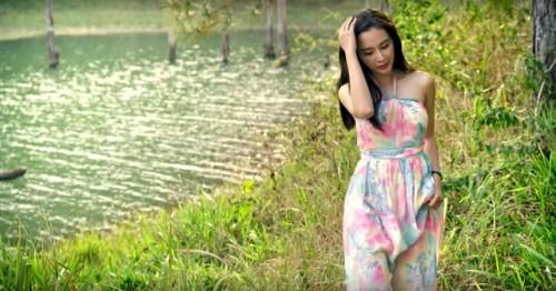 Trường Giang khóa môi Angela Phương Trinh mặc Quế Vân, Nhã Phương - ảnh 3