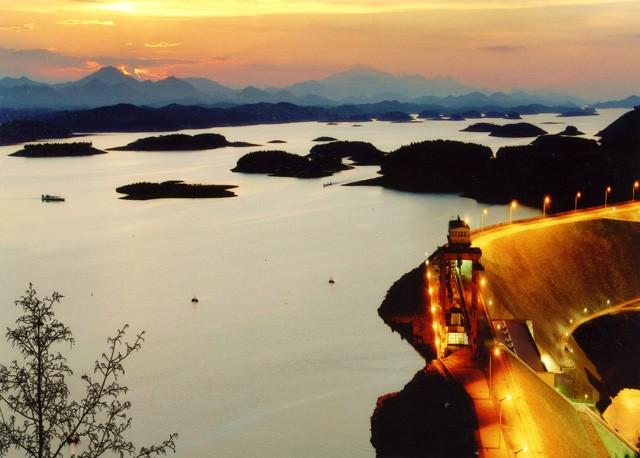 Những điểm du lịch hấp dẫn nhất Tây Bắc trong mùa xuân - ảnh 5