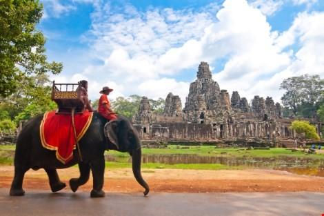 Vì sao du lịch Việt 'xách dép' cho Campuchia ? - ảnh 2