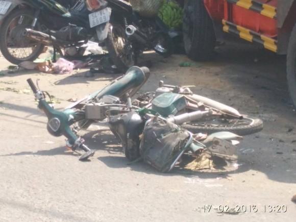 Hiện trường kinh hoàng vụ tai nạn giao thông ở Sài Gòn - ảnh 4
