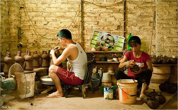 Những làng nghề truyền thống nổi danh cả nước nên đến dịp đầu năm - ảnh 1