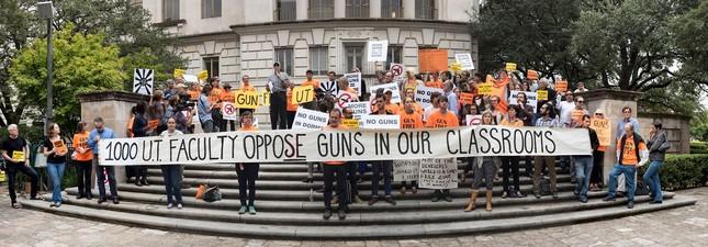 Đại học Mỹ cho phép sinh viên mang súng vào lớp - ảnh 1