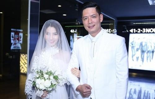 Bà xã Bình Minh vui vẻ đến dự 'đám cưới' của chồng và Diễm My 9X - ảnh 2