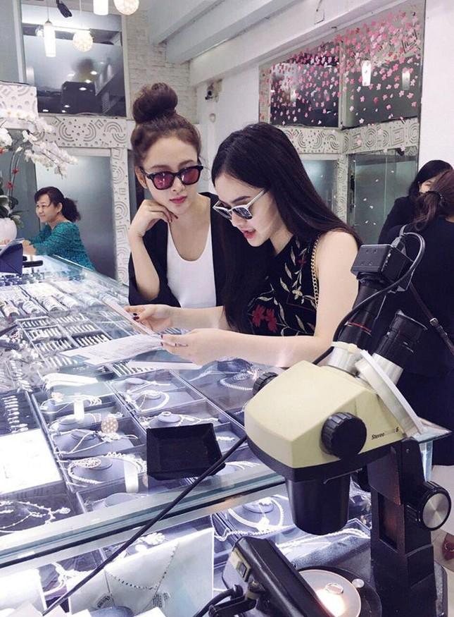 Lộ diện đại gia chi cho Angela Phương Trinh shopping trăm triệu? - ảnh 3