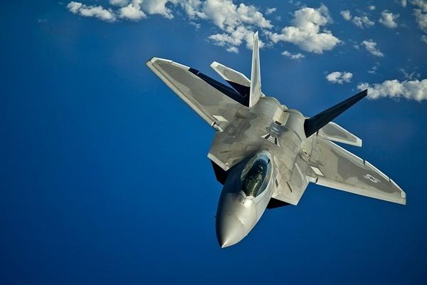 F-22 của Mỹ sẽ 'nuốt chửng' HQ-9 của Trung Quốc ở Hoàng Sa - ảnh 2