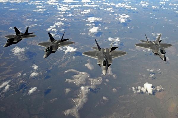 F-22 của Mỹ sẽ 'nuốt chửng' HQ-9 của Trung Quốc ở Hoàng Sa - ảnh 3