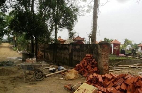 Đào mộ mới chôn, trộm tử thi ở Thanh Hóa: Công an vào cuộc - ảnh 1