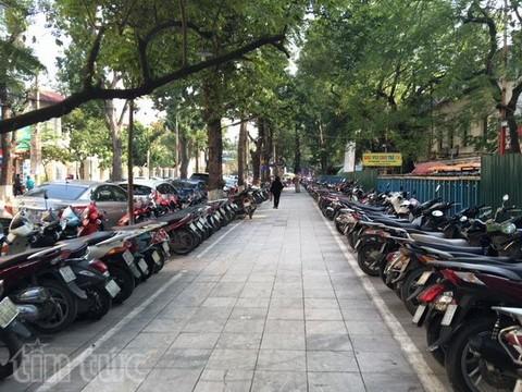 Người đi bộ ở Hà Nội... muốn khóc! - ảnh 13