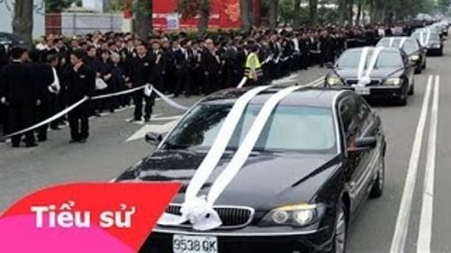 Hàng trăm giang hồ bảo vệ lễ tang của ông trùm than thổ phỉ - ảnh 1