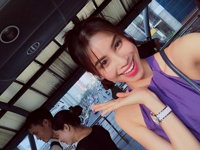 Dư luận 'choáng' vì Phạm Hương học Hà Hồ diện bikini khoe vòng ba - ảnh 5