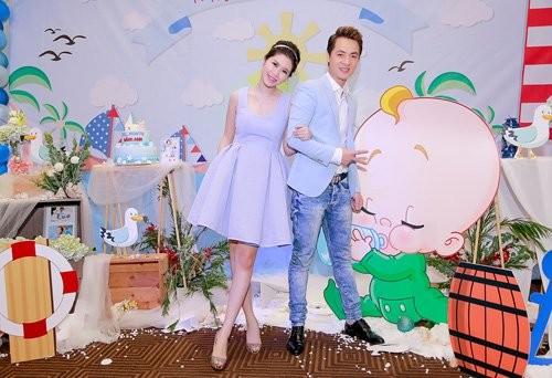 Bà xã Đăng Khôi thừa sức 'tay đôi' đọ body quyến rũ với Elly Trần - ảnh 6