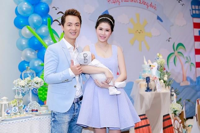 Bà xã Đăng Khôi thừa sức 'tay đôi' đọ body quyến rũ với Elly Trần - ảnh 5