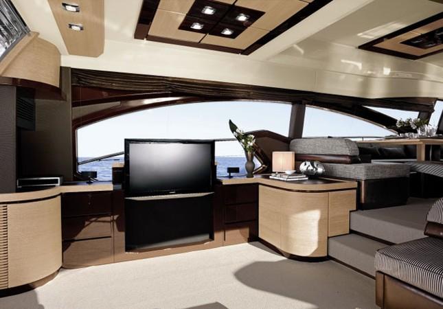 Mục sở thị du thuyền 4 triệu USD của nhà chồng Hà Tăng - ảnh 7