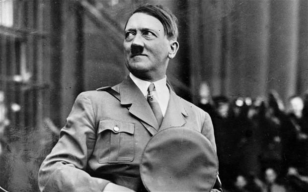 Cuộc chinh phục châu Âu và dị tật 'của quý' của Hitler - ảnh 1