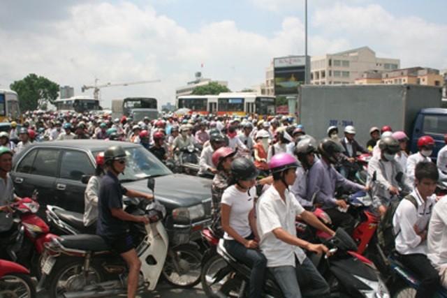 Tiếp nhận phản ánh về giao thông qua Facebook - ảnh 1