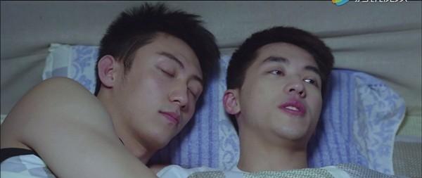 Loạt 'cảnh nóng' đồng tính nam khiến 'Thượng ẩn' bị 'khai tử' - ảnh 4