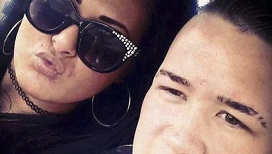 Cô gái nổi giận đâm chết bạn trai vì mải lướt Facebook - ảnh 1