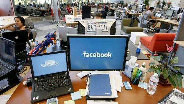 Những 'bản sao' đầy đam mê của Mark Zuckerberg - ảnh 1
