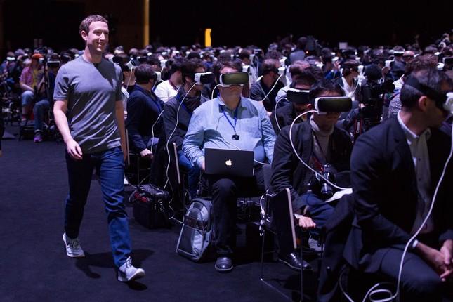 Những 'bản sao' đầy đam mê của Mark Zuckerberg - ảnh 4