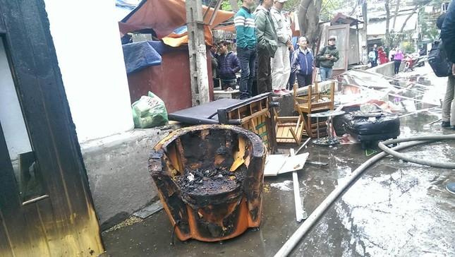 Hà Nội: Cháy dữ dội ở khu tập thể Giảng Võ - ảnh 4