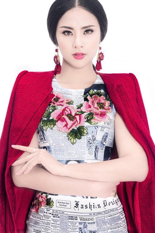 Ngọc Hân diện thời trang 'giấy báo' cực chất khoe vẻ quyến rũ - ảnh 5