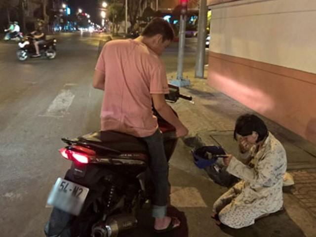 TP.HCM vận động người dân không cho tiền người ăn xin - ảnh 1