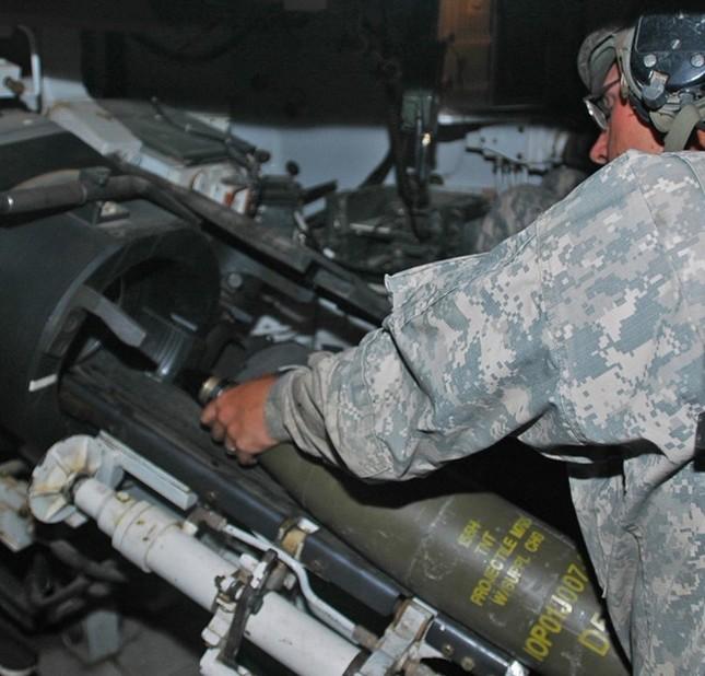 Sức mạnh của lựu pháo Hiệp sĩ Mỹ có thể điều đến Biển Đông - ảnh 8