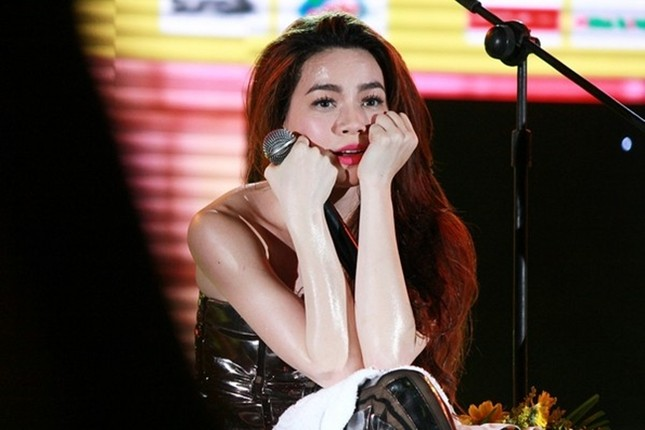 Hồ Ngọc Hà - mỹ nhân đáng thương nhất showbiz Việt vì 'bão tình' - ảnh 2
