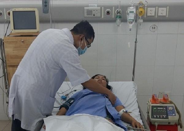 Mẹ con thai phụ bị suy tim được cứu sống trong thời khắc sinh tử - ảnh 1
