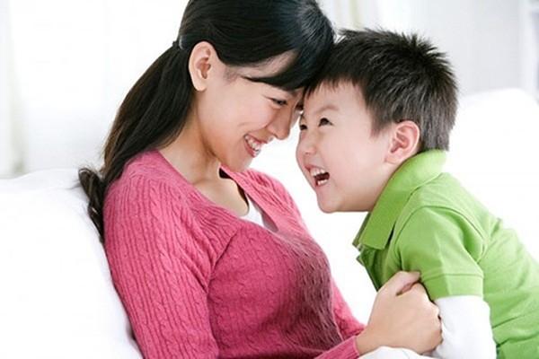 Những điều cha mẹ nên… nói dối con mình - ảnh 1