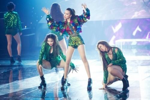 Không thể đáp ứng hợp đồng, Hoàng Thùy Linh rời khỏi The Remix - ảnh 2