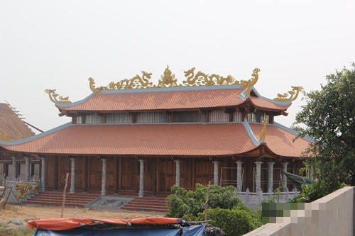 Hoài Linh phải nộp phạt 20 tỉ đồng nếu tiếp tục xây đền thờ Tổ? - ảnh 2